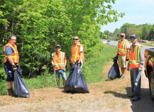 2012_roadside_cleanup_1
