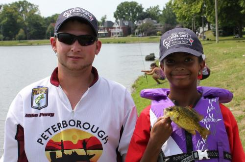 2012 Fish for the cure (17)