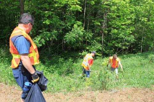 2012_roadside_cleanup_2